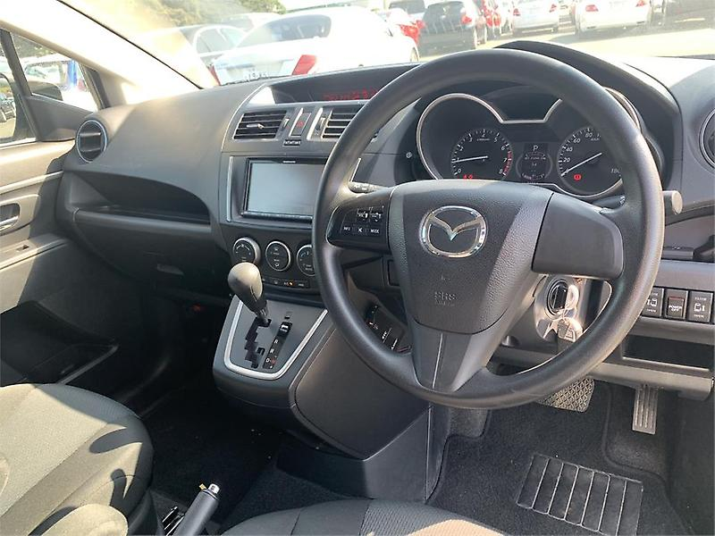 Mazda-PREMACY-2016