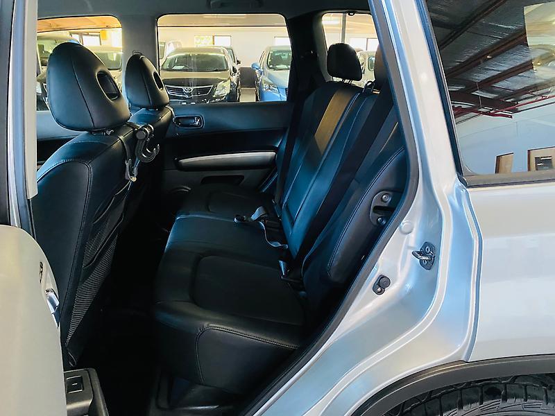 Nissan-X-TRAIL-2007