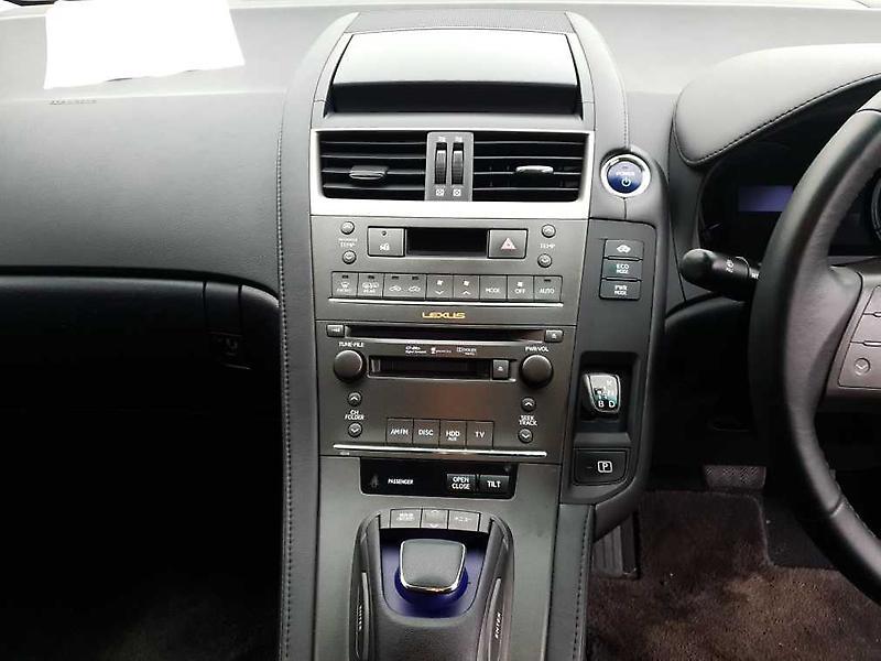 Lexus-HS250H-2009