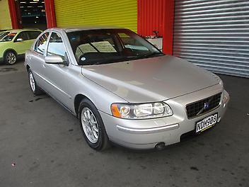 Volvo-S60-2006
