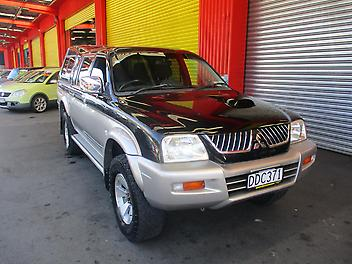 Mitsubishi-Triton-2006