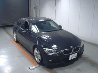 BMW-330E-2017